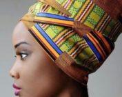 Profilo di donna con turbante
